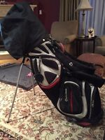 """Taylormade Golf Bag """"Great condition"""""""