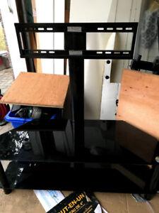 ~Like New~ Glass TV stand shelf w mounting bracket up to 65 inch