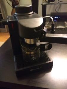 Machine a expresso et cappuccino