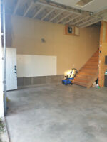 Garage for rent - Riverview