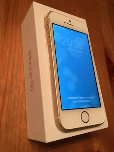 Iphone SE 16GB Or/Gold BELL, excellente condition