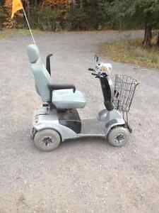 Four wheel handicapped electric scooter Kawartha Lakes Peterborough Area image 1