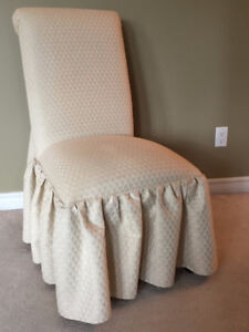 4 SKIRTED PARSONS CHAIRS