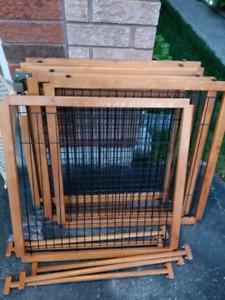 Pet/baby gate