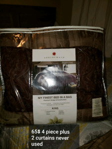 King size bed set and matching curtain pannels