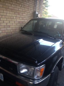 1993 Toyota SUV (for parts)