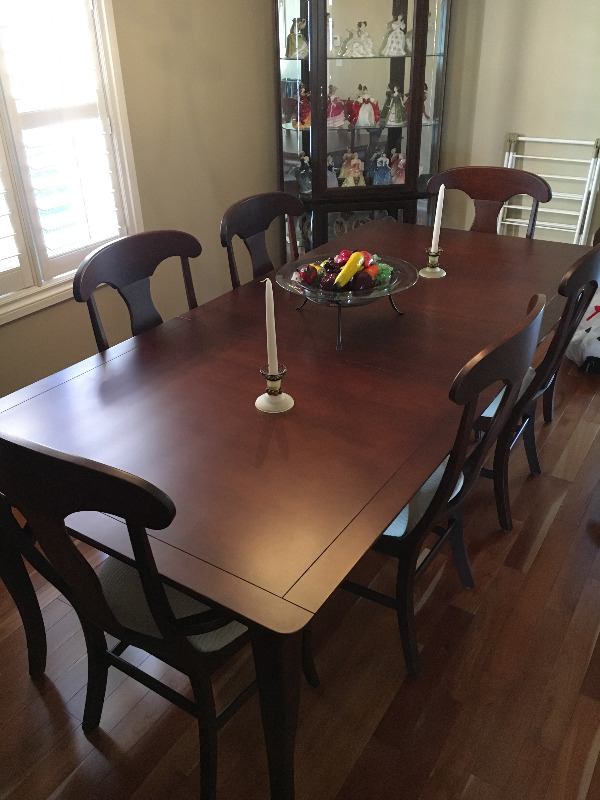 Description Beautiful Dark Cherry Shermag Dining Room