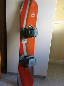 Snowboard 140 cm. and boots size 6.5