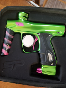 Shocker RSX - Slime green, pink accents