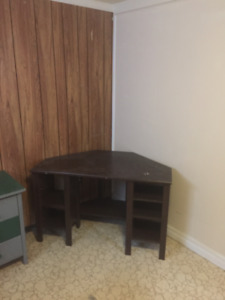 Room near Mohawk College for rent