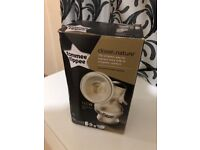 Tommee tippe manual breast pump New condition With box and manual Good condition