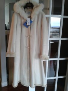 Christmas Gifts for Her!! 3-Beautiful Winter Coats