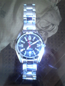 New SWISS ARMY (stainless steel) watch.