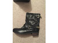 Duna boots