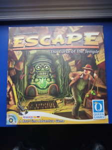 ESCAPE - board game by Queen's Games