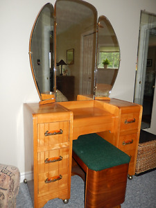 Vintage Dressing Table (Vanity)