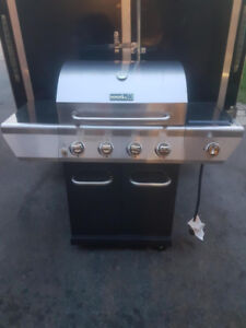 ***(BRAND NEW***STAINLESS STEAL NEXT GRILL BBQ