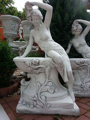 """Gartenfiguren, """"Frau mit Pflanzschale"""" 102 cm Skulptur Steinguss, Menschen, Deko"""
