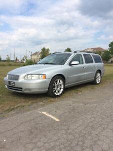 Volvo V 70, 2.5T, 2005, 2999.00$