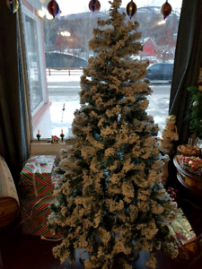 New in box 6' Christmas Tree
