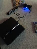 Ps4 for sale with game and controller all cords