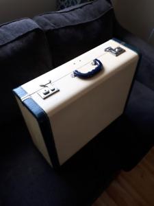 Belle valise vintage 20$ ou echange