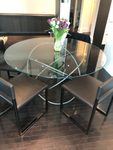 Designer Kitchen/dining Room Glass table