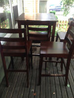 TABLE AND 4 CHAIRS! Come and get it! 40 OBO