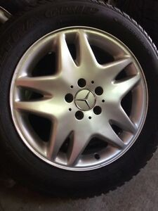 Set of 4 mint Mercedes 17 inch rims with tires