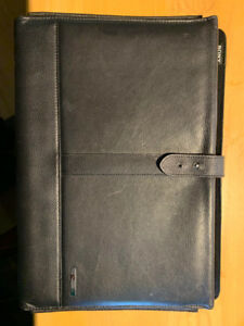 "Sony Vaio Brand 13"" Laptop Leather Protective Sleeve"