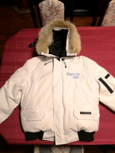Canada Goose Men's White XL Great Condition