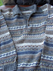Assorted Sweaters Size L / G West Island Greater Montréal image 10
