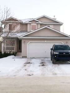 Beautiful home for rent in Sherwood Park - $2,300