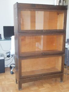Barrister bookcase/bibliotheque d'avocat