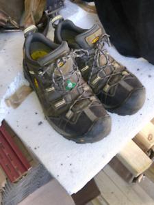 Keen oshawa safety footwear us 9