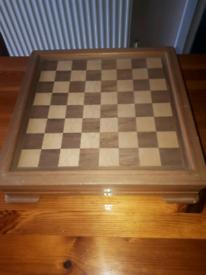 Chess/ backgammon set