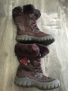Girls brown boots size 9