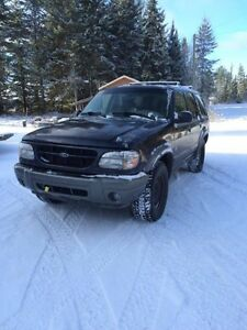 2000 Ford Explorer VUS