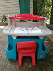 Little Tikes Art Desk and matching Chair