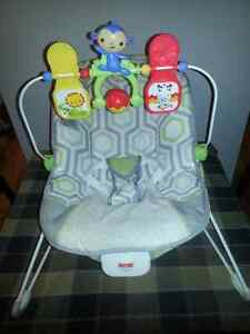 Fisher Price Baby Bouncer Chair With Vibration Edmonton Edmonton Area image 1