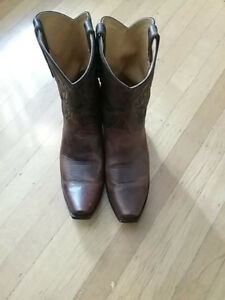 Used Old Gringo Women's Cowboy Boots