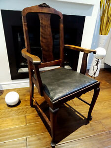 Very beautiful ANTIQUE Bentwood CHILD'S ROCKING CHAIR solid wood Cambridge Kitchener Area image 6