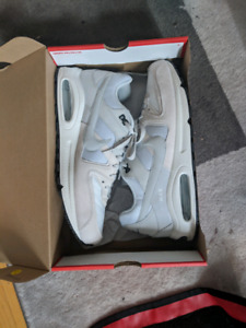 Nike air commander size 13