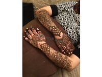 25%off on Gold Package , Book now. Henna Artist on your Budgets