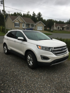 Ford Edge 2016 + toit + une seule taxe!