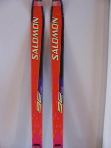 DOWNHILL SKIS ( USED ) SOLOMON