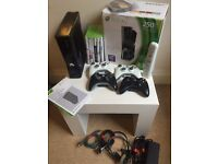 Xbox 360 S - 250 GB - Bundle - 4 controllers, 13 games and all accessories!