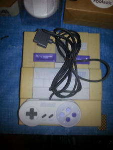 UNTESTED SNES CONSOLE, CONTROLLER--NO AV/RF OR POWER ADAPTER