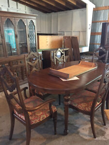 Gibbard Furniture Dining Set