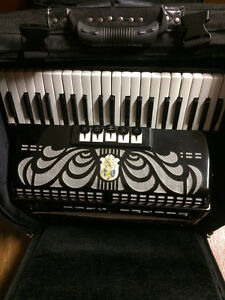 Weltmeister Accordion Caprice 120 Bass